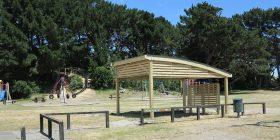 Kiwi Curved Shelter