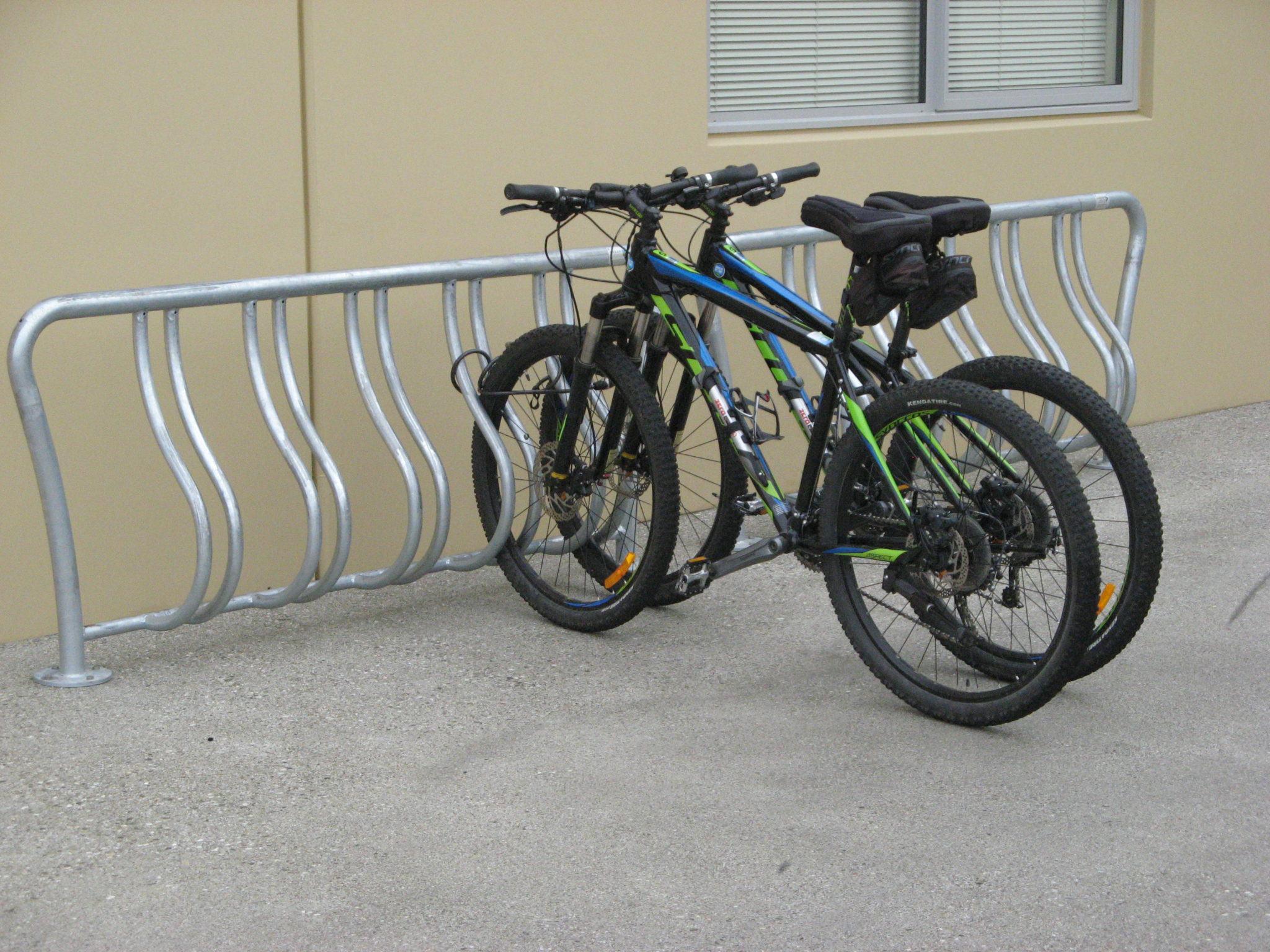 Atessa Bike Rack Park Amp Street Products Urban Effects