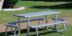 Metro 12-seater Table Setting