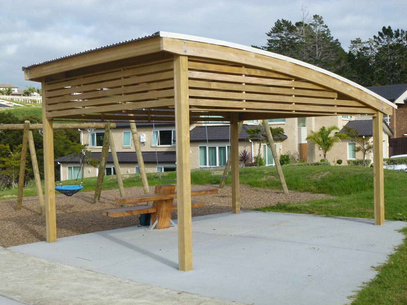 Kiwi Curved Shelter Park Amp Street Furniture Urban Effects