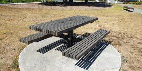 Parkvale Pedestal Table Setting