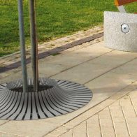 Calyx Tree Grate from Urban Effects