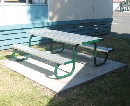 Duraform Park Setting Table