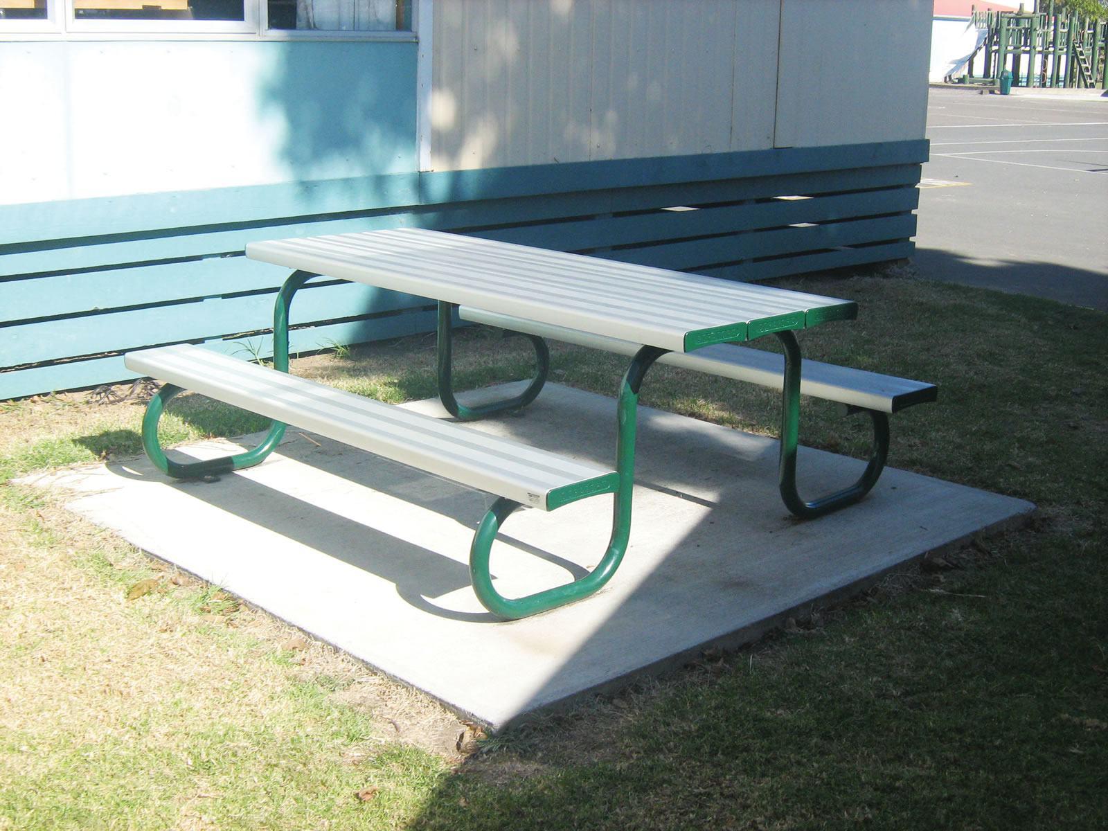 duraform park table setting urban effects