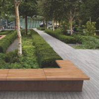 Grandifioiere seating and planters