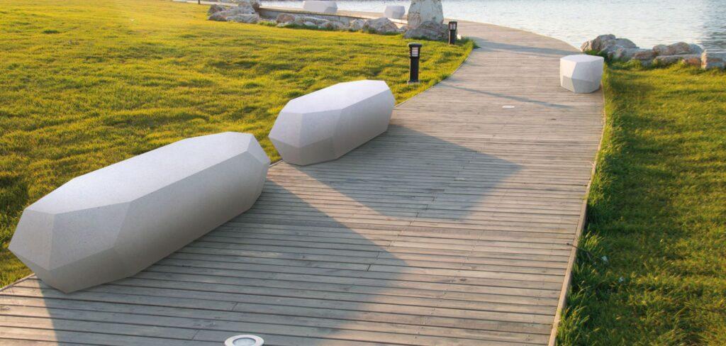 Hoba monolithic seats